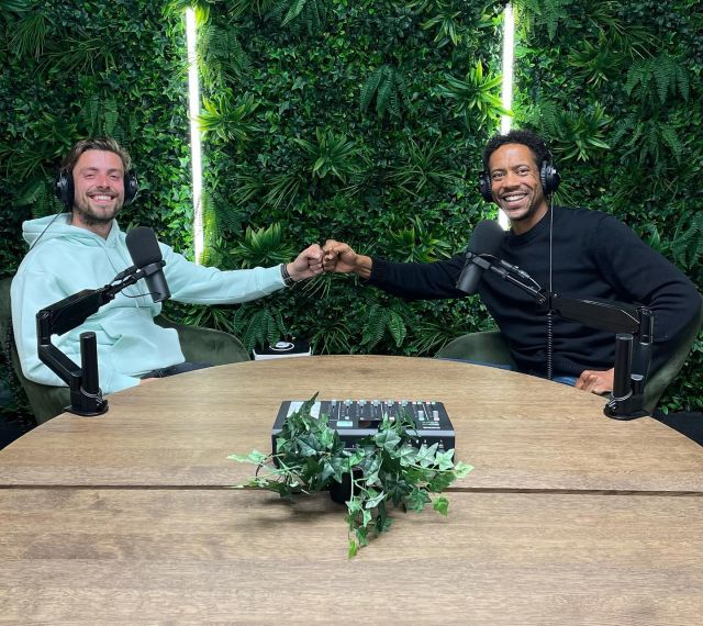 I just had good and very energetic conversation with @mauritsvanrees  at the @thepodcastgarden.   The Connection available October 17th. Purpose of the episode: bringing the message of why it is necessary to develop yourself quicker as a person/ career wise with a mentor!   #mentor #mentee #mentorship #personalleadership #persoonlijkeontwikkeling ontwikkeling  #coaching #mindset #iseekme